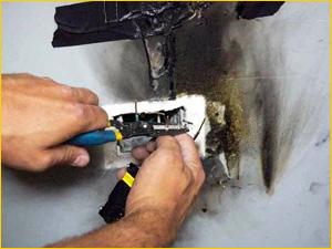 Замена электропроводки в стене квартиры с розеткой
