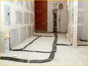 Разметка для новой проводки в трехкомнатной квартире