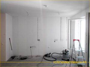 Прокладка электропроводки в трехкомнатной квартире